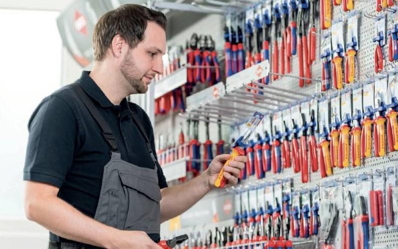 Giá treo dụng cụ cho không gian làm việc gọn gàng, tiện lợi