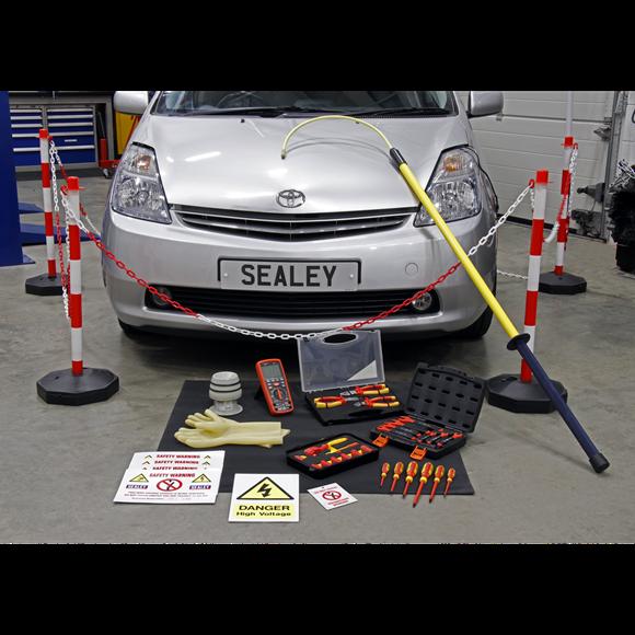 Bộ dụng cụ Sealey chuyên dùng cho xe Hybrid
